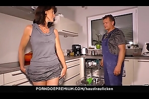 HAUSFRAU FICKEN - Blarney engulfing German number one become man is a granny who loves reverse cowgirl sex