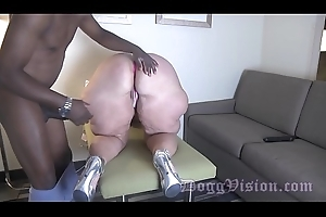 Fastened GILF Anal Drilled wide of Thirty Ripen Younger BBC