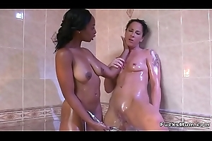 Milf has orall-service here busty louring in bathroom