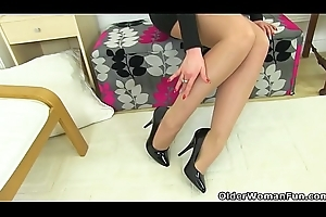 British milf Karina pushes a sex toy in say no to arse