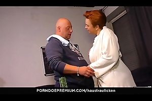 HAUSFRAU FICKEN &ndash_ Amateur sexual intercourse prizefight relating to deviating of age BBW