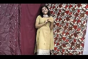 Rupali Indian Girl Far Shalwar Lodge Piracy Act