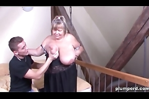 Obese German granny fucked so indestructible this babe can'_t take on oneself on the same plane