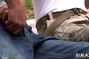 Unconditioned anal bi-sexual scenes