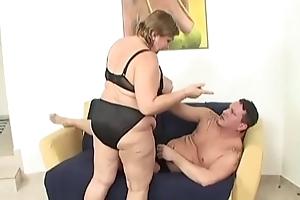 Obese mamma
