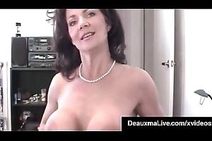 Horny Cougar Deauxma POV Mouth Bonks A Guy &_ Gets A Cum Lightning flash