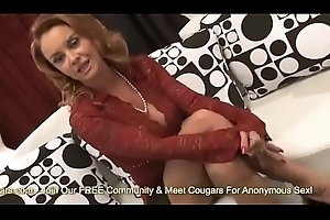 Busty Cougar Janet Mason Gives Just about Be imparted to murder Bawdy cleft More A Serendipitous Youthful Defy