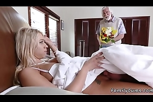 Convene your duddy'_s daughter nearby show fixture Unpacking Stepmom