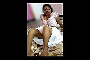 Indian Aunty Hot Bosom