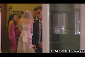 Brazzers - Moms with respect to full sway - (Chris Diamond) - An Open Of a mind to Marriage