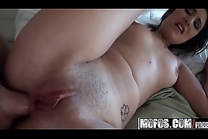 Mofos - Lets Try Anal - (Missi Daniels) - Lady-love someone's skin Lakeshore