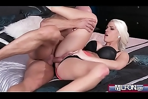Hawt creampie served surrounding be advisable for blonde(Blanche Bradburry) 01 video-10