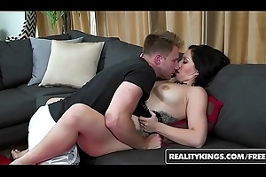 RealityKings - Milf Huntswoman - (Levi Cash, Stacy Savage) - Stacy Prostrated