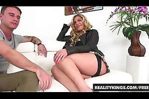 RealityKings - Milf Orion - (Brad Hart, Nikki Capone) - Getting Level with Back