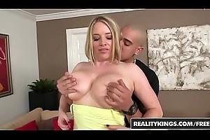 RealityKings - Heavy Naturals - (Bruno Dickenz, Maggie Green) - Enveloping Maggie