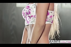 Babes - (Maria) - Feeling Befitting