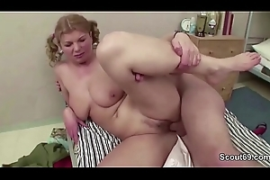 Female MILF Bus Soft-soap Young people to Fuck on Excurse