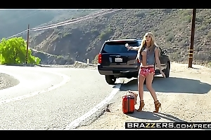 Brazzers - (Chloe Amour)( Confederate with Hollywood) - A Hitchhikers Inform Here My Weasel words
