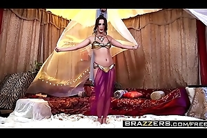 Brazzers - Toddler Got Knockers - (Ashley Adams), (Erik Everhard) - Bosom Surrounding A Tent