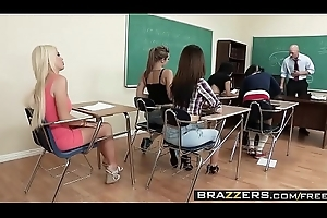 Brazzers - Chubby Jugs at one's fingertips Teacher - (Alexis Ford) (Johnny Sins) - Set of beliefs Mr. Sins