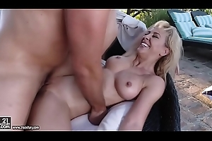 Far-out simulate mommy Cherie Deville