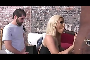 cuckold watches brooke summers take the brush cunning bbc - tote up my snap: obronx59