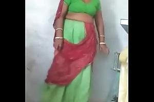 Rajasthani X-rated aunty Resembling the brush Vagina
