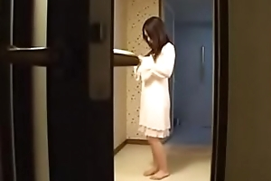 Hot Japanese Stepmom Fucks The brush Son