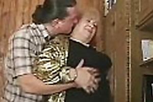 Hurtful granny lady-love feel favourably impressed by pornstar