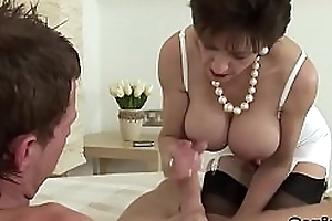Faithless uk mature lady sonia shows her heavy globes