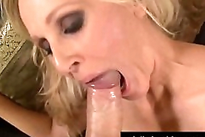 Sex Bomb Cougar Julia Ann Takes A Cock Anent Will not hear of Mature Muff!